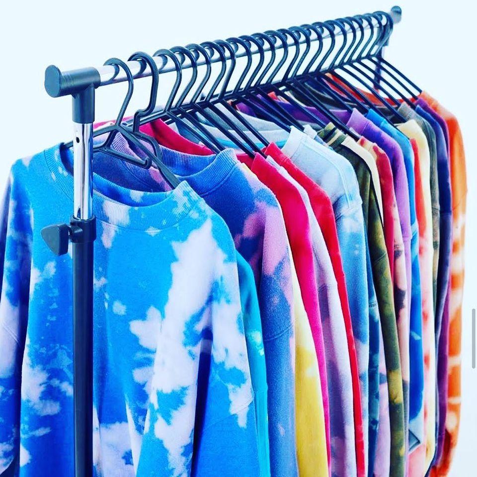 Model Baju Kaos Pria Jaman Sekarang