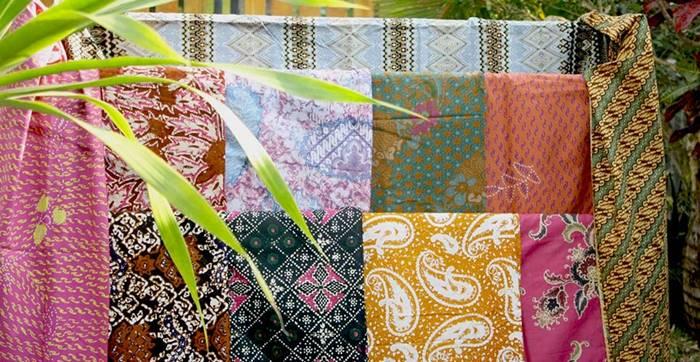 Tips Mencuci Baju Batik