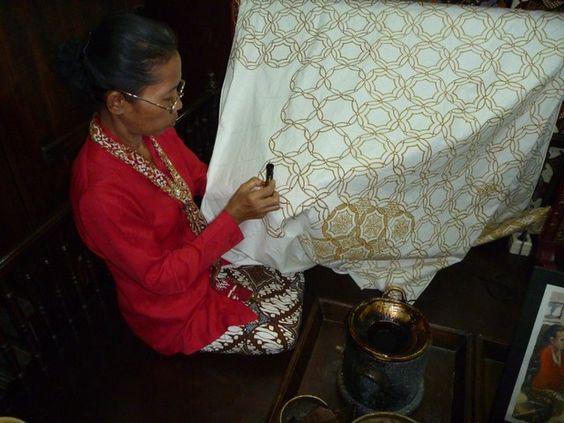 motif batik ceplok