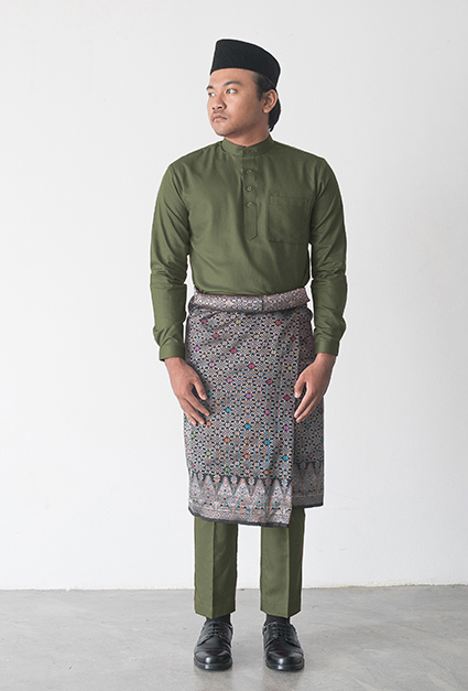 Warna Baju yang Cocok untuk Kulit Sawo Matang